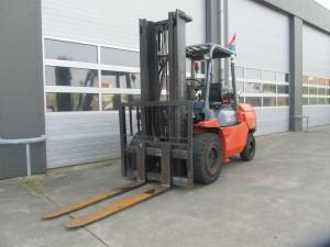 Toyota 5 ton diesel heftruck www.gebruikteheftrucks.net3