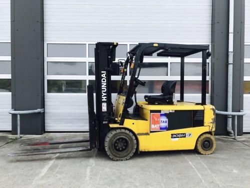 www.gebruikteheftrucks.net Hyundai 3 ton elektrische vorkheftruck 2