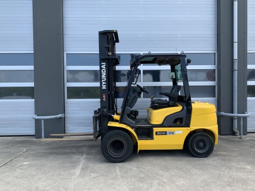 www.gebruikteheftrucks.net Hyundai 30D-7E 3 ton diesel heftruck vorkheftruck
