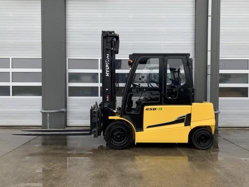 www.gebruikteheftrucks.net Hyundai 45B-9 4,5 4.5 ton elektrische heftruck vorkheftruck clark jungheinrich still linde hyster hyundai elektrisch