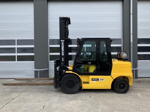 www.gebruikteheftrucks.net Hyundai 45L-7A LPG heftruck forklift 4,5 ton