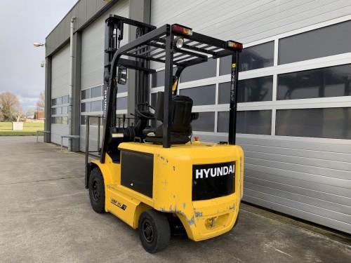 www.gebruikteheftrucks.net Hyundai HBF25-7 elektrische vorkheftruck 2500kg heftruck 2