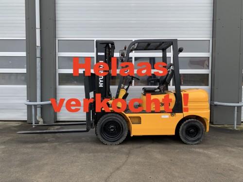 www.gebruikteheftrucks.net-Hyundai-HDF30-II-diesel-heftruck-diesel-forklift-te-koop-te-huur-for-sale-for-rental (1)