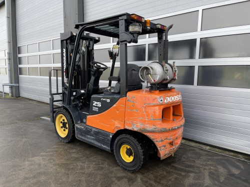 www.gebruikteheftrucks.net doosan G25P-5 LPG GAS heftruck forklift 2500kg Hyundai used Linde Still Hyster Toyota Triplex Jungheinrich 2