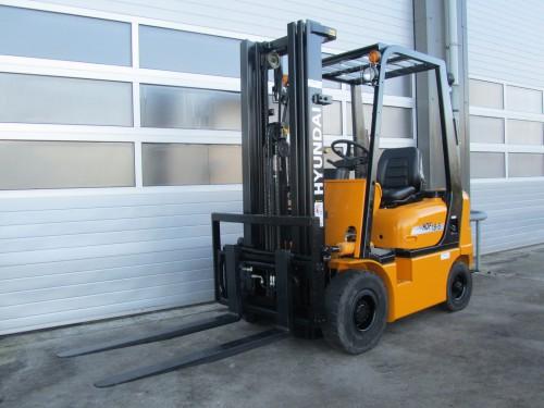 www.gebruikteheftrucks.net hyundai 1.8 ton gebruikte diesel heftruck vorkheftruck 1
