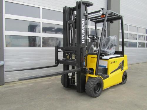 www.gebruikteheftrucks.net hyundai 20B-9 elektro heftruck vorkheftruck gebruikte nieuwe kopen huren leasen 1