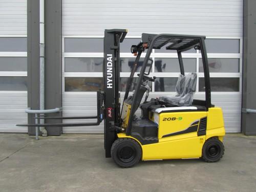 www.gebruikteheftrucks.net hyundai 20B-9 elektro heftruck vorkheftruck gebruikte nieuwe kopen huren leasen