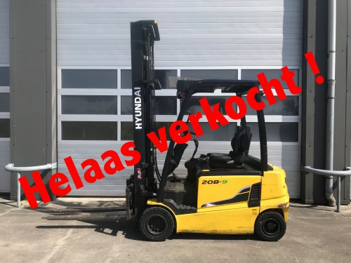 www.gebruikteheftrucks.nl Hyundai 20B-9 verkocht