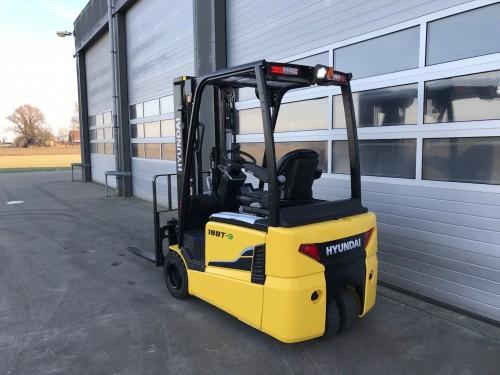 www.gebruikteheftrucks.net Hyundai 18BT-9 heftruck forklift 1800kg 2