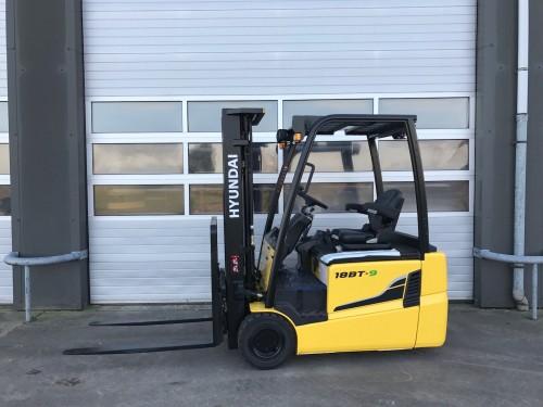 www.gebruikteheftrucks.net Hyundai 18BT-9 heftruck forklift 1800kg