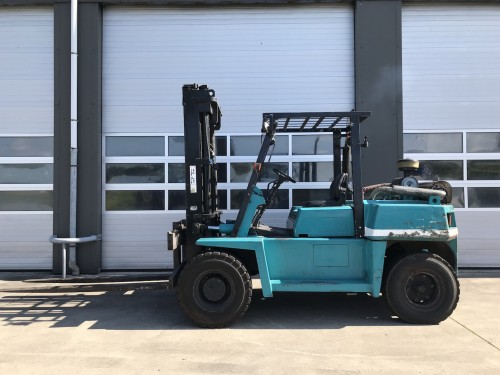 www.gebruikteheftrucks.net Komatsu FD60-5 diesel vorkheftruck 6 ton hefvermogen heftruck diesel