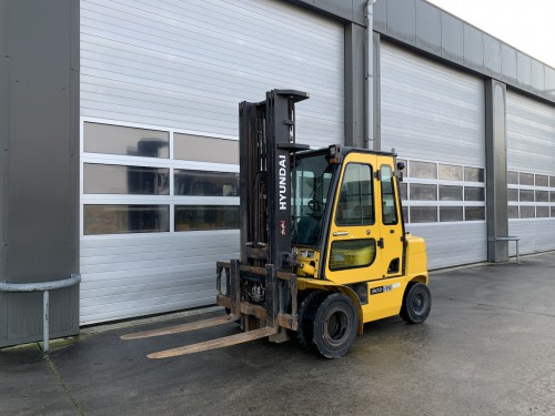 www.gebruikteheftrucks.net Hyundai 30D-7E diesel vorkheftruck heftruck 3 ton 2
