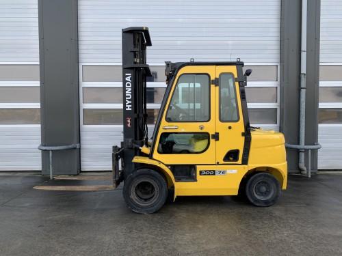 www.gebruikteheftrucks.net Hyundai 30D-7E diesel vorkheftruck heftruck 3 ton